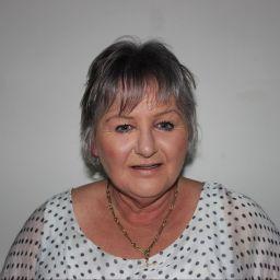 Carolyn Clegg